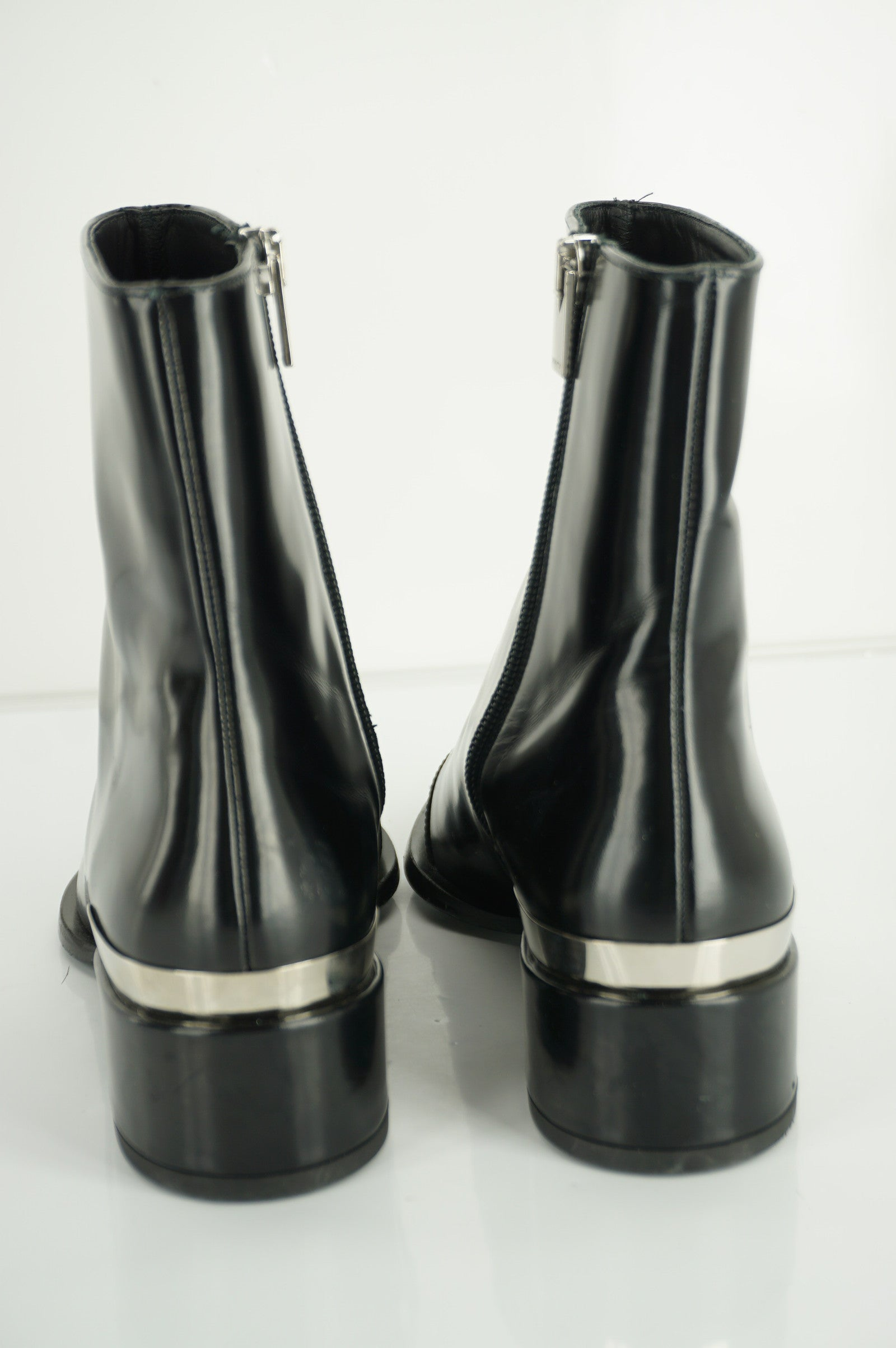 Vince 'Yasmin' Pointy Toe Boot Ankle Boots SZ 6.5 Black Leather New $595