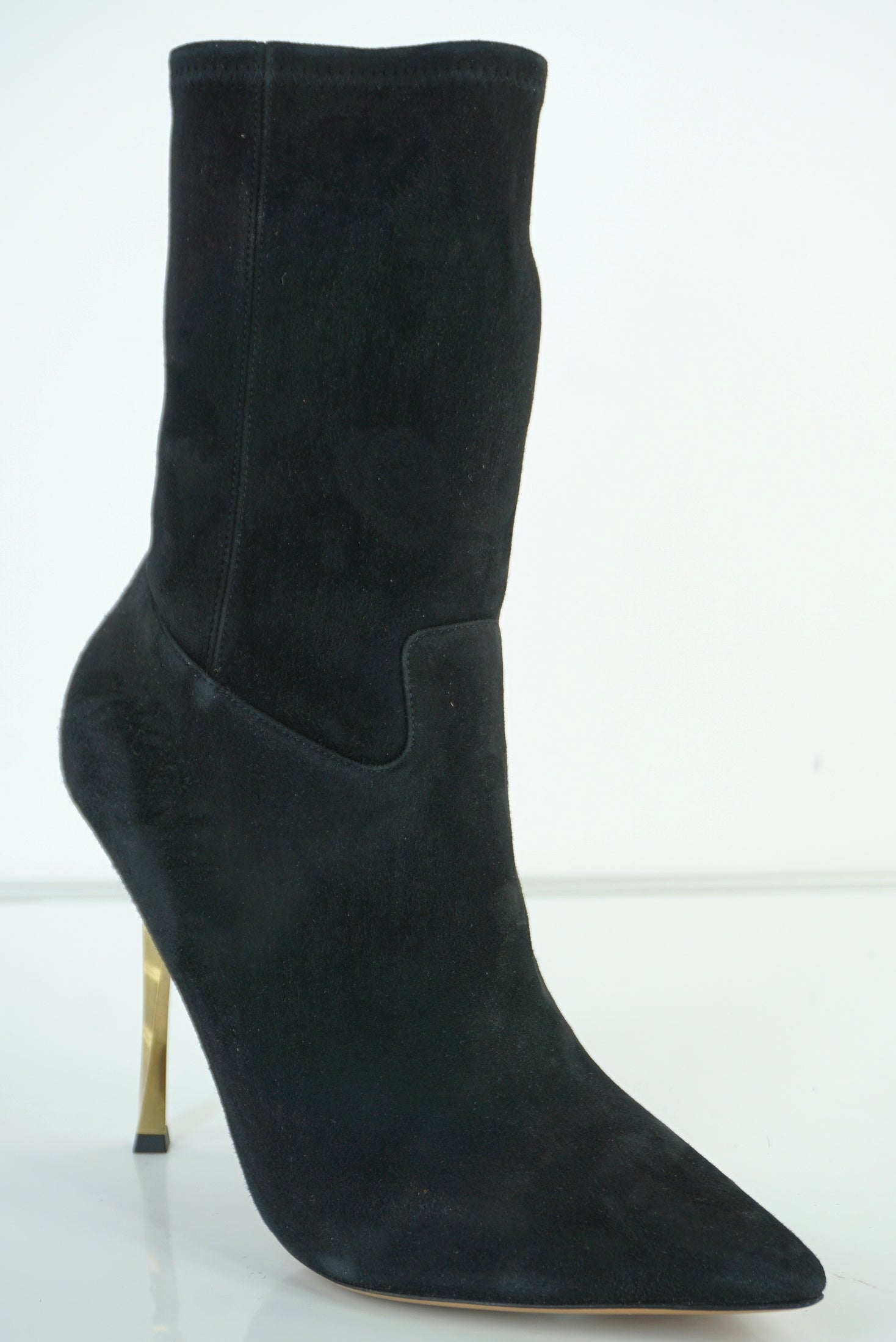 NIB Valentino Black Suede 'Twisteel' Stiletto Pointy Toe Bootie Size 39 $1445