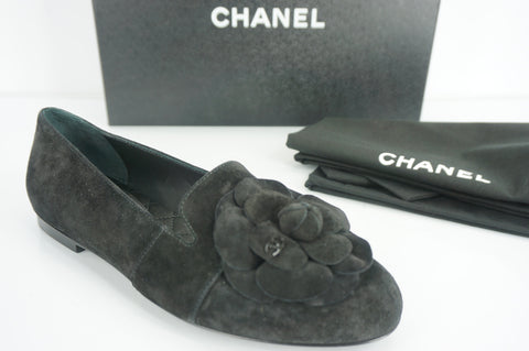 CHANEL Womens Camellia Loafer 17B Ballet Flat Black Suede Size 35