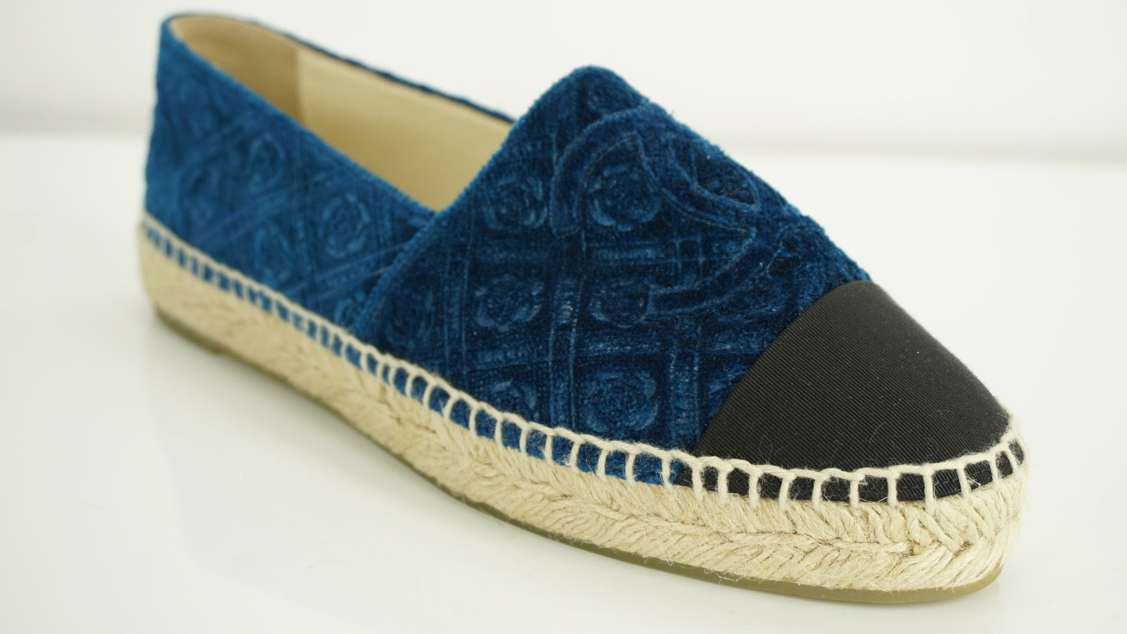 Chanel Cruise Cap Toe Blue Embossed Velvet Espadrille Slip On Sneaker SZ 37 NIB