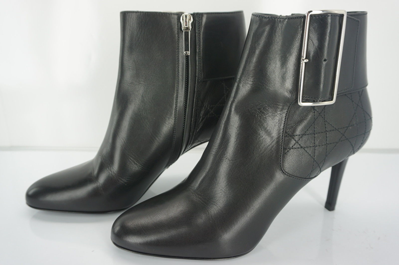 Christian Dior Womens Graphic buckle Boot Black Leather Size 38.5