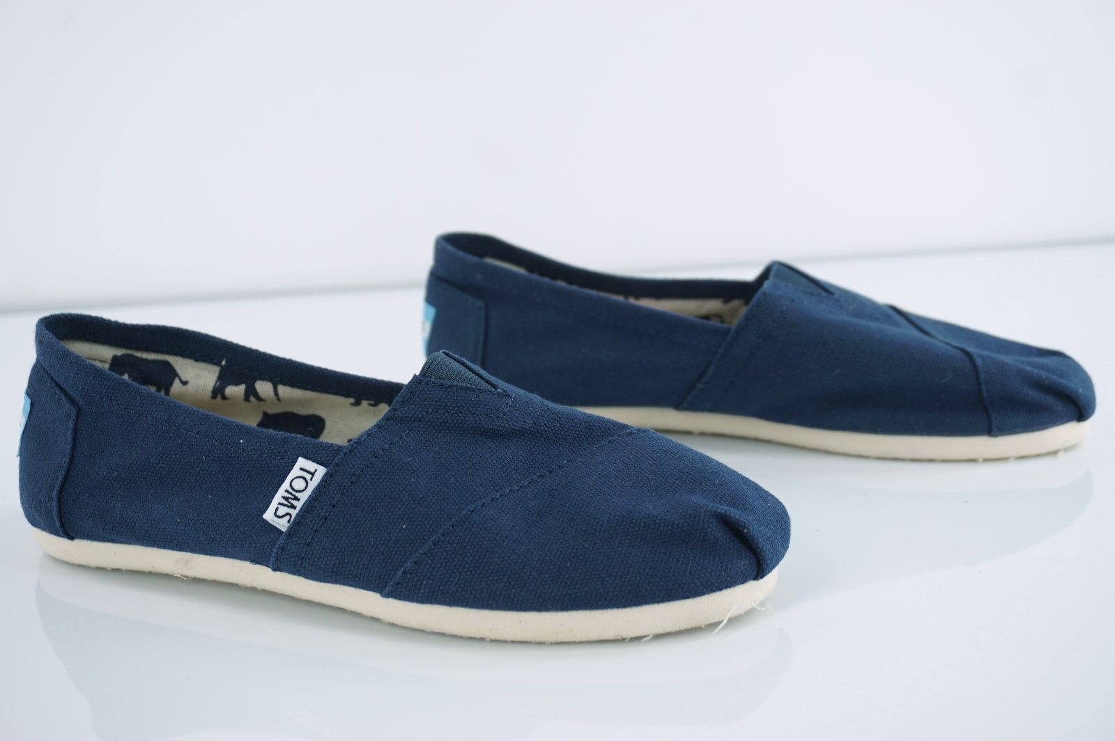 Toms Classic Canvas Womens Shoes Slip On Navy Blue Size 6 New
