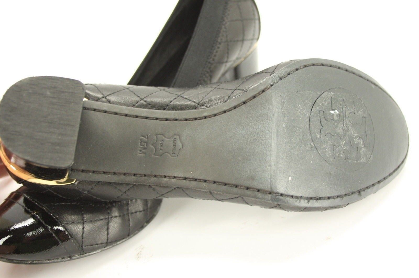 Tory Burch Black Leather Carrie Pumps SZ 7.5 Quilted Cap Toe Logo mid Heel $250