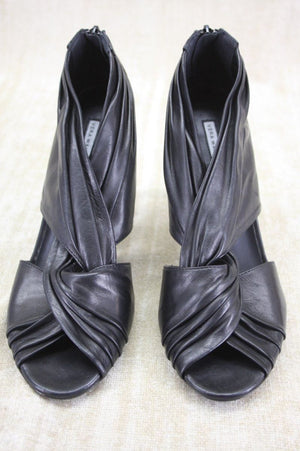 Vera Wang Della Black Leather Twist Knot Strappy High Heel Pumps SZ 10 New $325