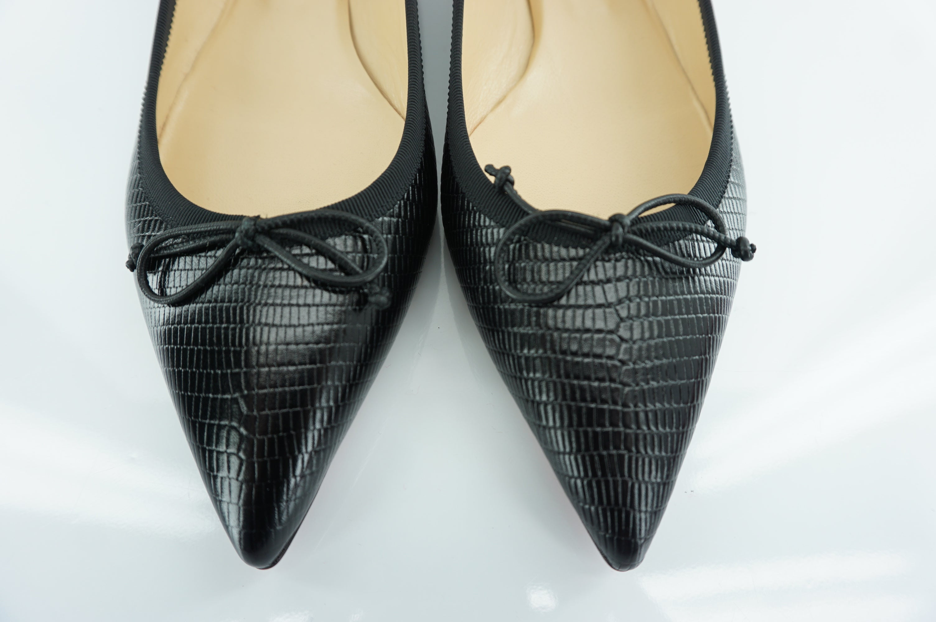 Christian Louboutin Hall Black Lizard Leather Pointy Toe Ballet Flat Size 38 Bow