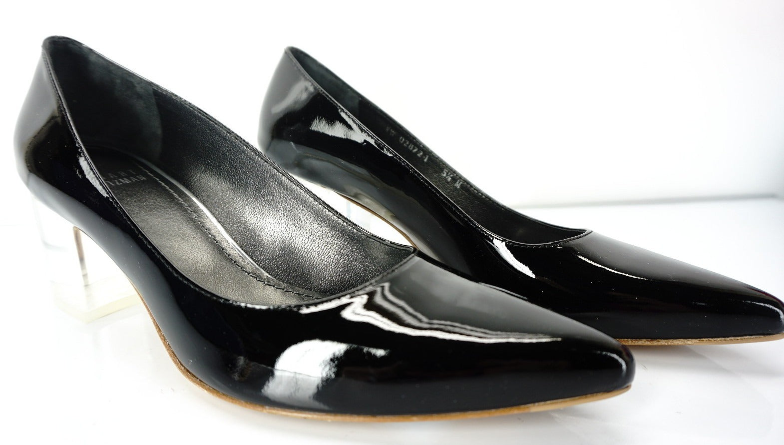 Stuart Weitzman Black Patent Leather First Class Pointy Pumps Size 5.5 Heel NIB