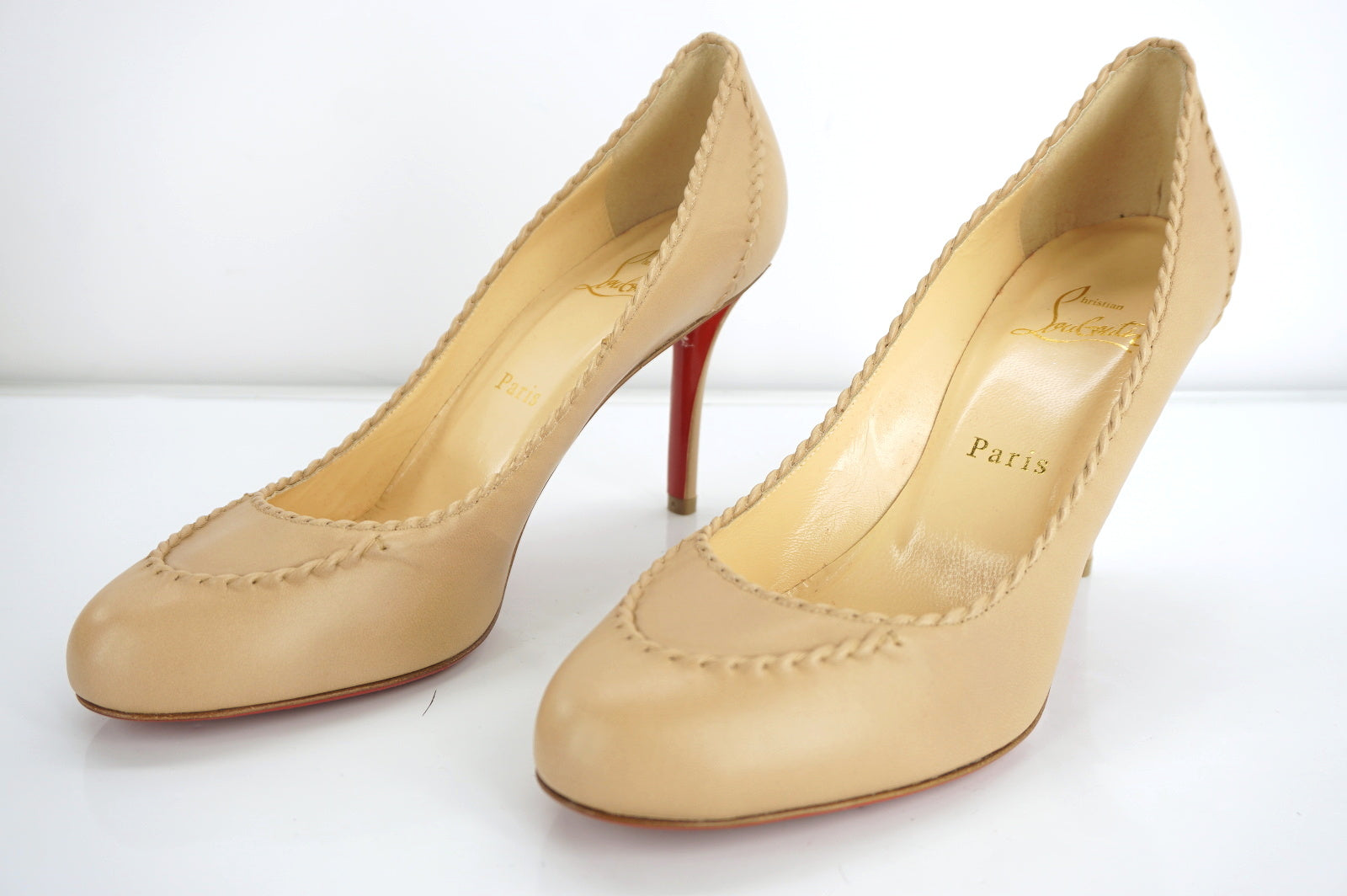 Christian Louboutin Womens Marpelissimo Pump Nude Leather Size 38.5