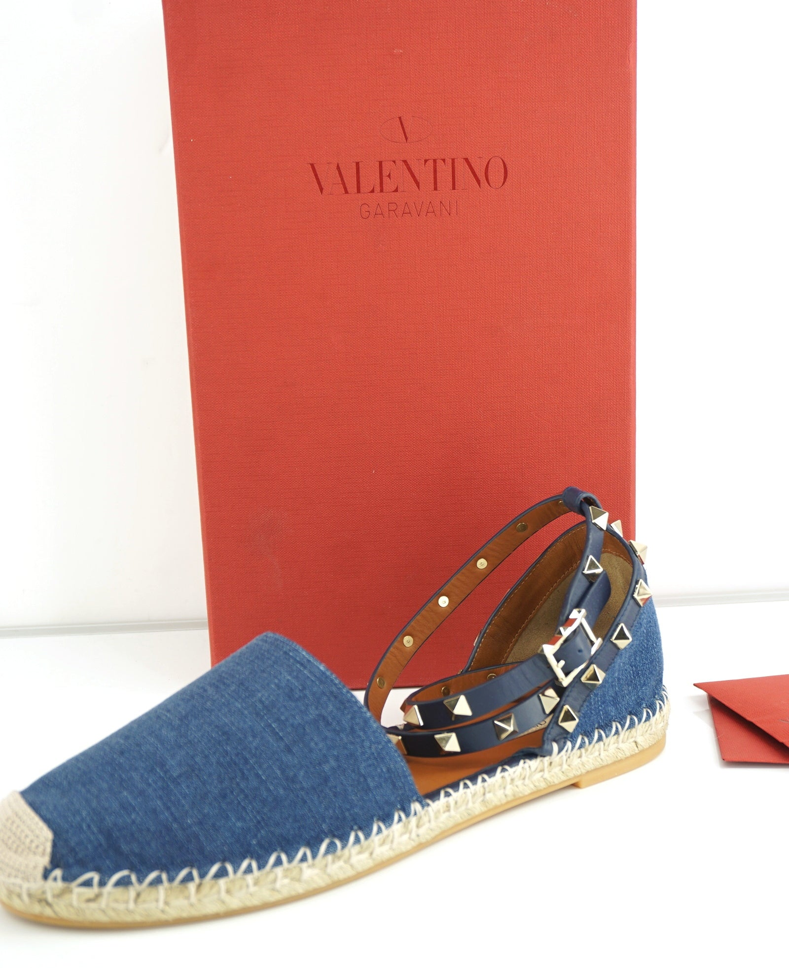 Valentino Rockstud Light Blue Denim Ankle Strap Flat Sandals Size 40 10 NIB $745