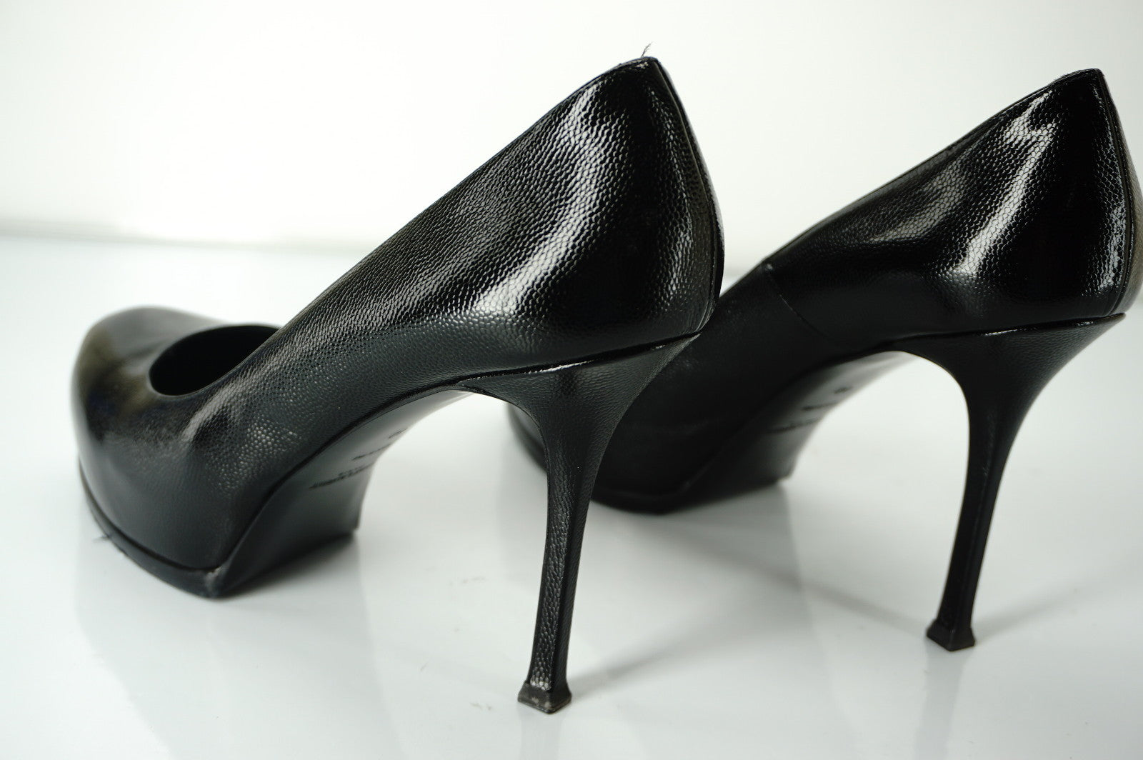 Saint Laurent Black Patent Tribute Platform Pumps Size 40 10 YSL Yves NEW $850