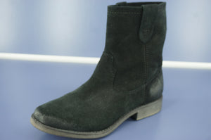 Ziginy ZIGI Cannoli Ankle Boot Size 6.5 Pull On Distressed Suede