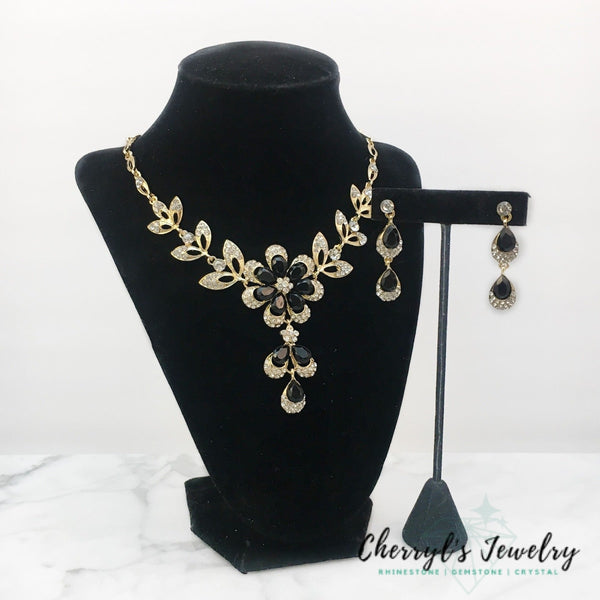Black Crystal Occasion Necklace Set Sets