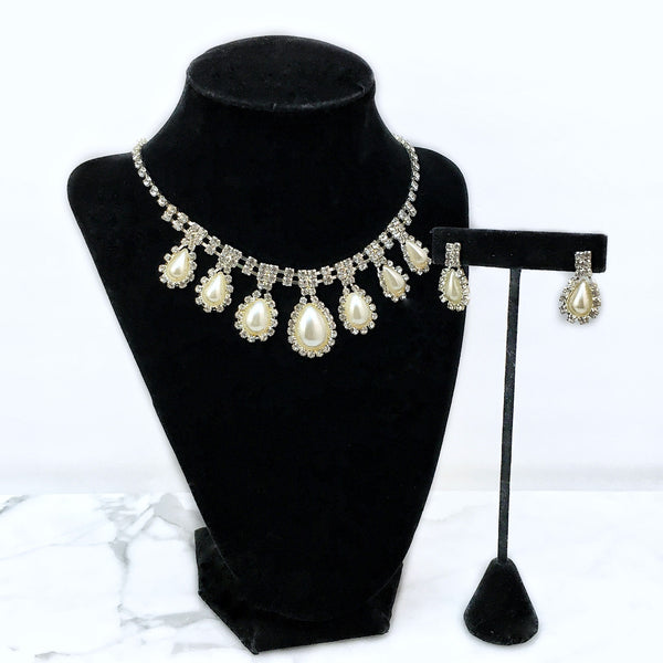 Faux Pearl Statement Necklace Set