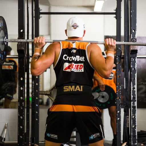 Wests Tigers player using SMAI padded weightlifting belt.