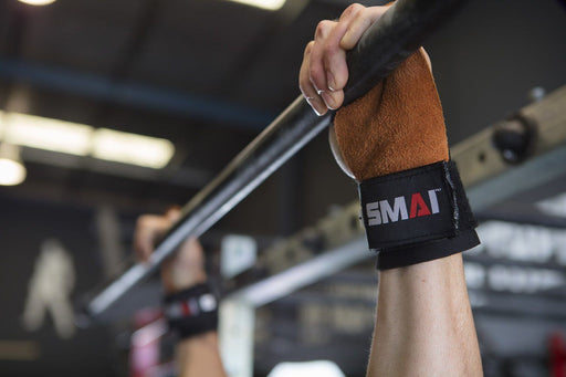 Crossfit Games athlete lifting SMAI Palm Grips