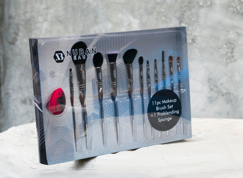 BRUSHES AND BLENDERS – THE MAKEUP BASICS