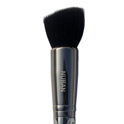 NF-15 FLAT ANGLED FOUNDATION BRUSH - Nuban Beauty