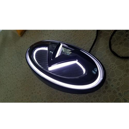 INFINITI Front logo car led emblem light - Vivid Light Bars