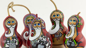 old-fashioned santa gourds