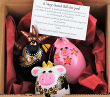 Load image into Gallery viewer, Barnyard Trio Gourd Ornament Set,  Christmas Ornaments, For Your Tree, Perfect Gift for Animal Lover, Rooster, Pig, Cow - Gourdaments