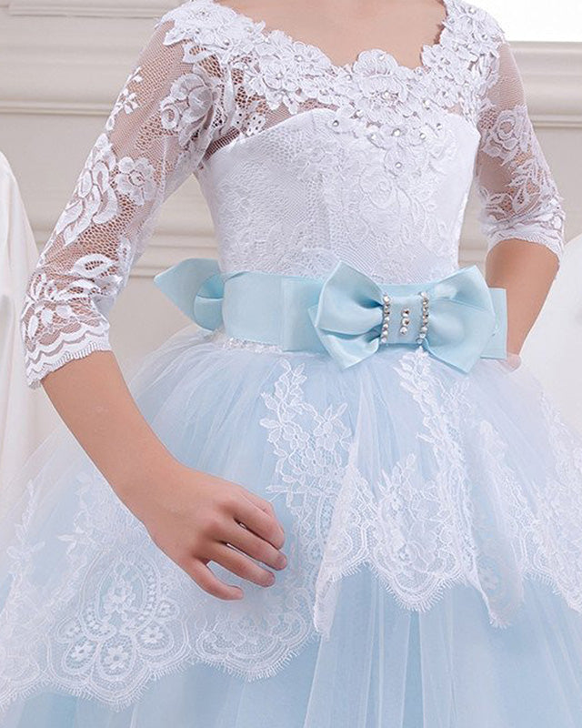 Flower girl dresses accents