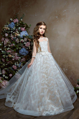 Buy Princess Ball Gown 3/4 Length Sleeves Lace Flower Girl Dress with a Bow