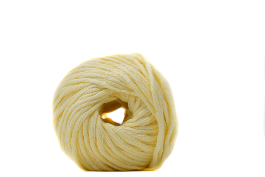 COTTON BALL 2.5 MM - VANILLA YELLOW COLOR