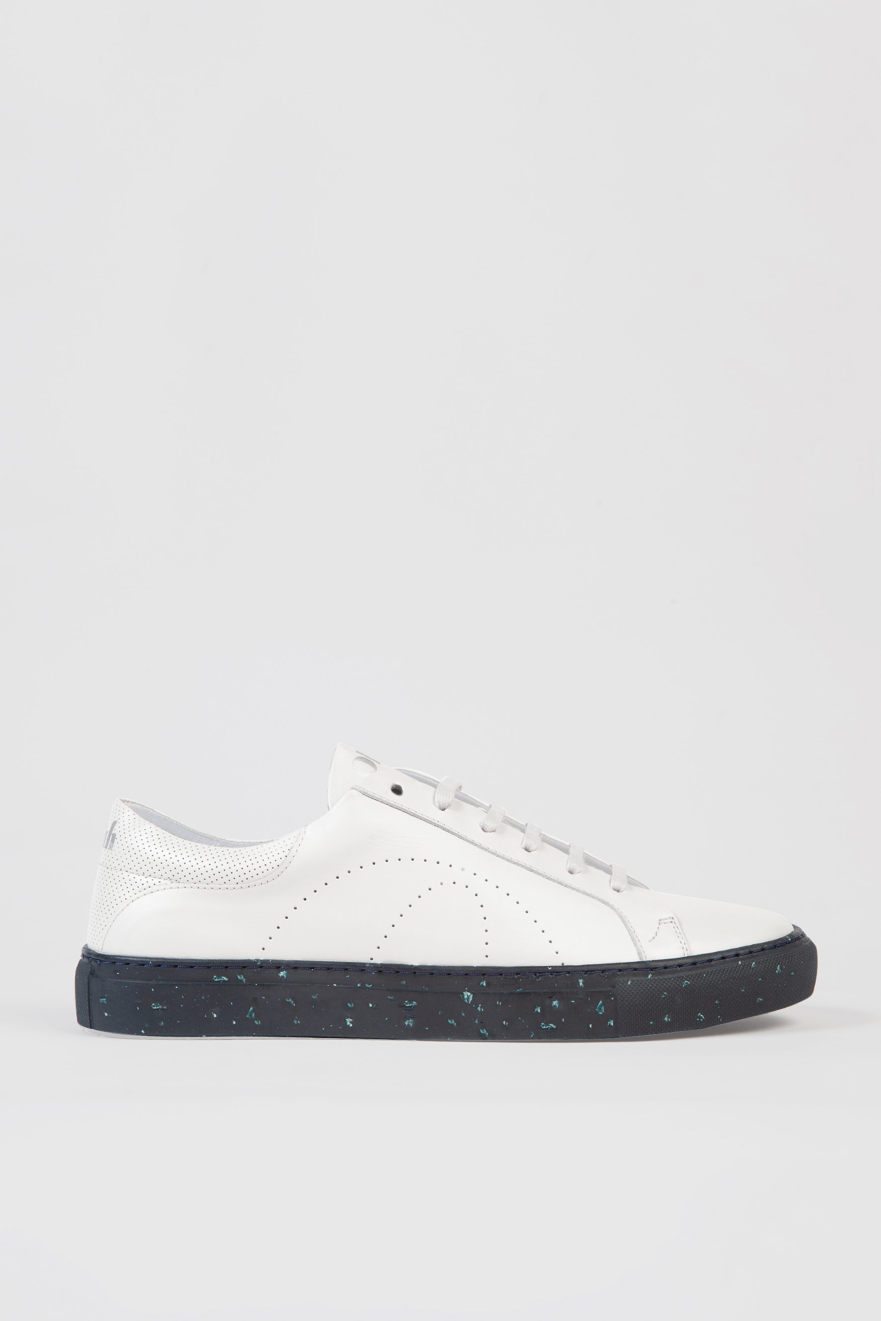 Okuh - White Ena Sneakers