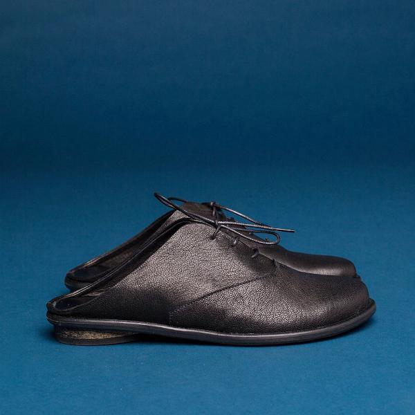 Black oxford mules. 1023