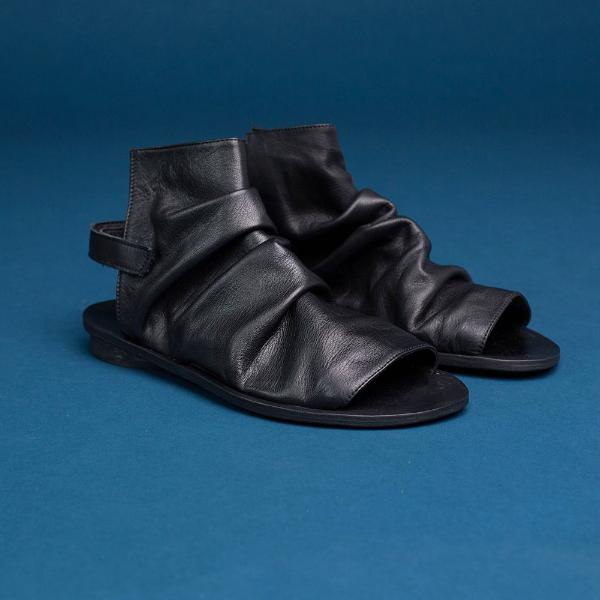 Pleated boot sandals, Black. 95