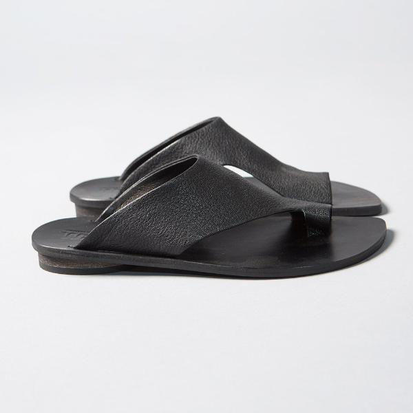 Thong mules in Black. 2018
