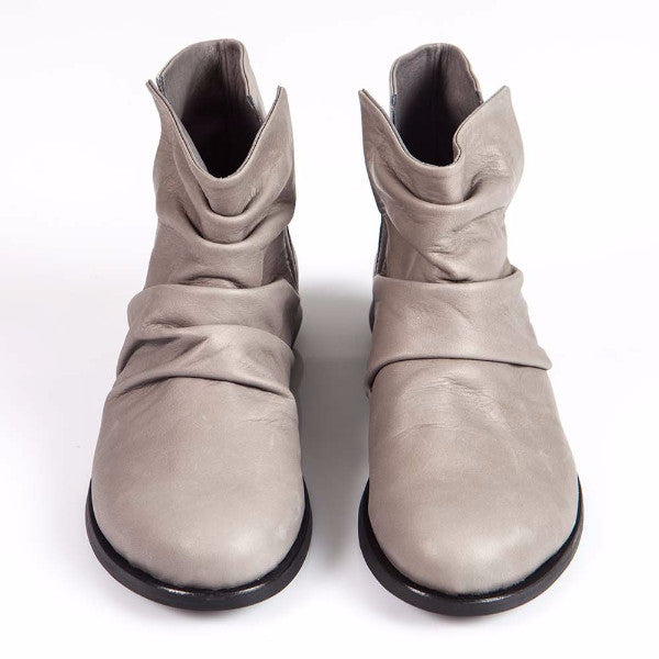 Slouch leather boots, Gray