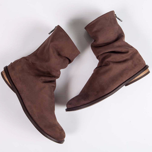 Short Pleated boot, Brown. 200