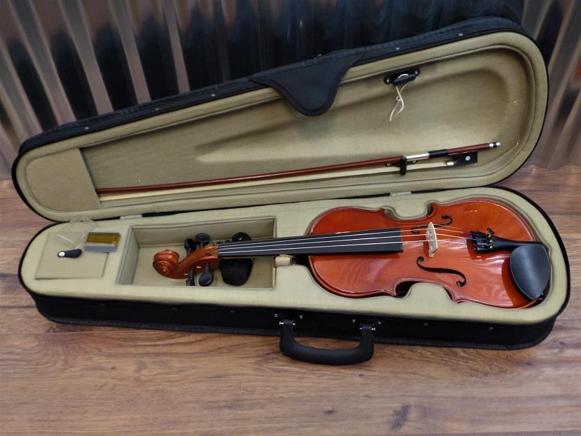 Academy 145AU 3/4 Violin in Natural Brown with Bow & Case #1010 *