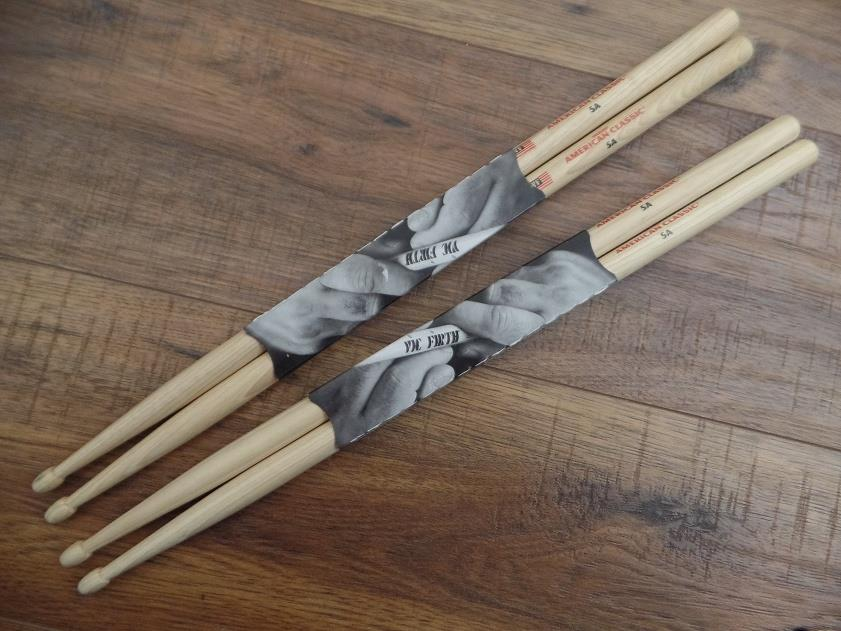 Vic Firth 5A American Classic Hickory Wood Tip Drum Sticks 2 Pair *