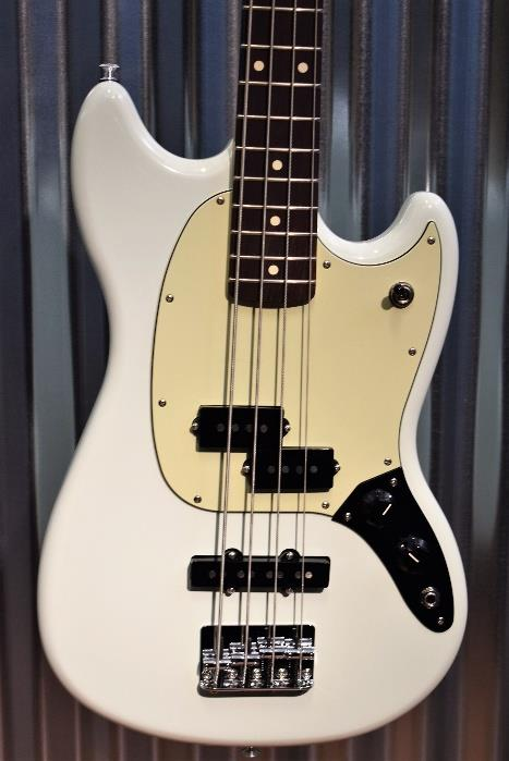 Fender Mustang Bass PJ Olympic White Short Scale 4 String Bass Mexico & Bag #922