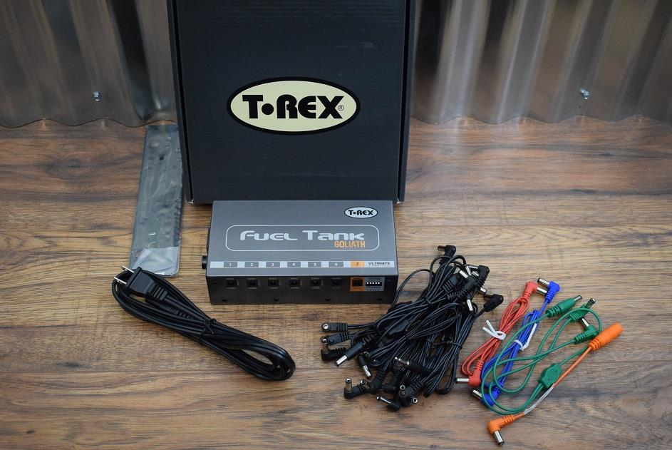 T-Rex Engineering Fuel Tank Goliath 5x9V/12 Pedal Board Power Supply Demo #467