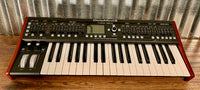 Behringer Deepmind 6 Voice Polyphonic Keyboard Synthesizer Demo