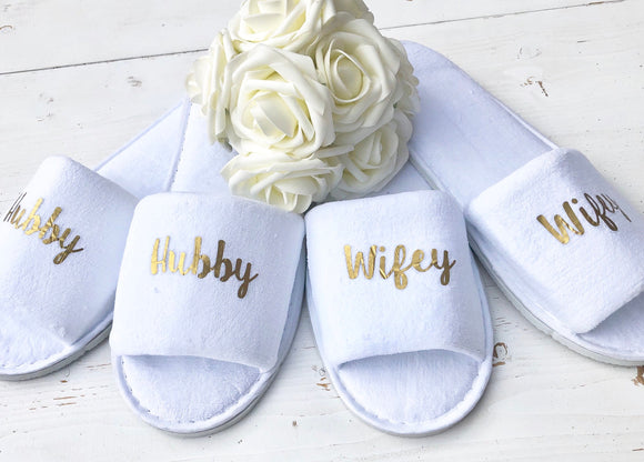 Hubby and Wifey • Bridal slippers • Honeymoon Gift • Newlyweds • Wedding Slippers • Personalised Spa Slippers • Spa Slippers • Gift