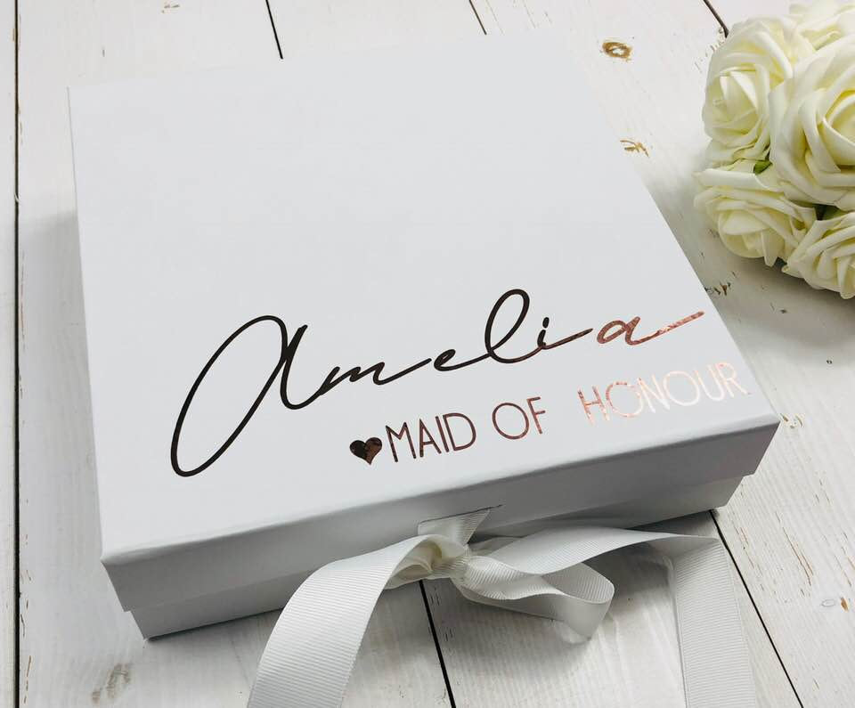 Bridesmaid Proposal Box • White Gift Box •Personalised Gift Box •Bridal Party Gift • Wedding Gift •Mother Of The Bride Gift • Thank you Gift