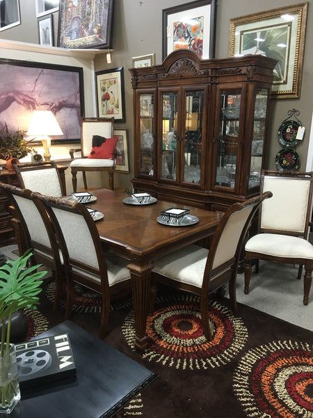 Fairmont Designs Dining Set