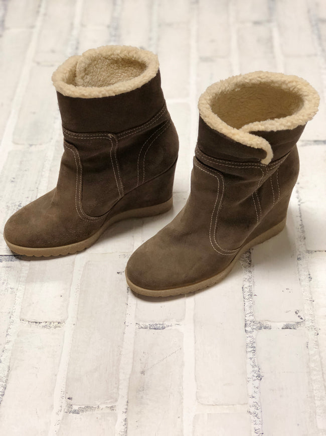 Aquatalia Wedge Booties (7)