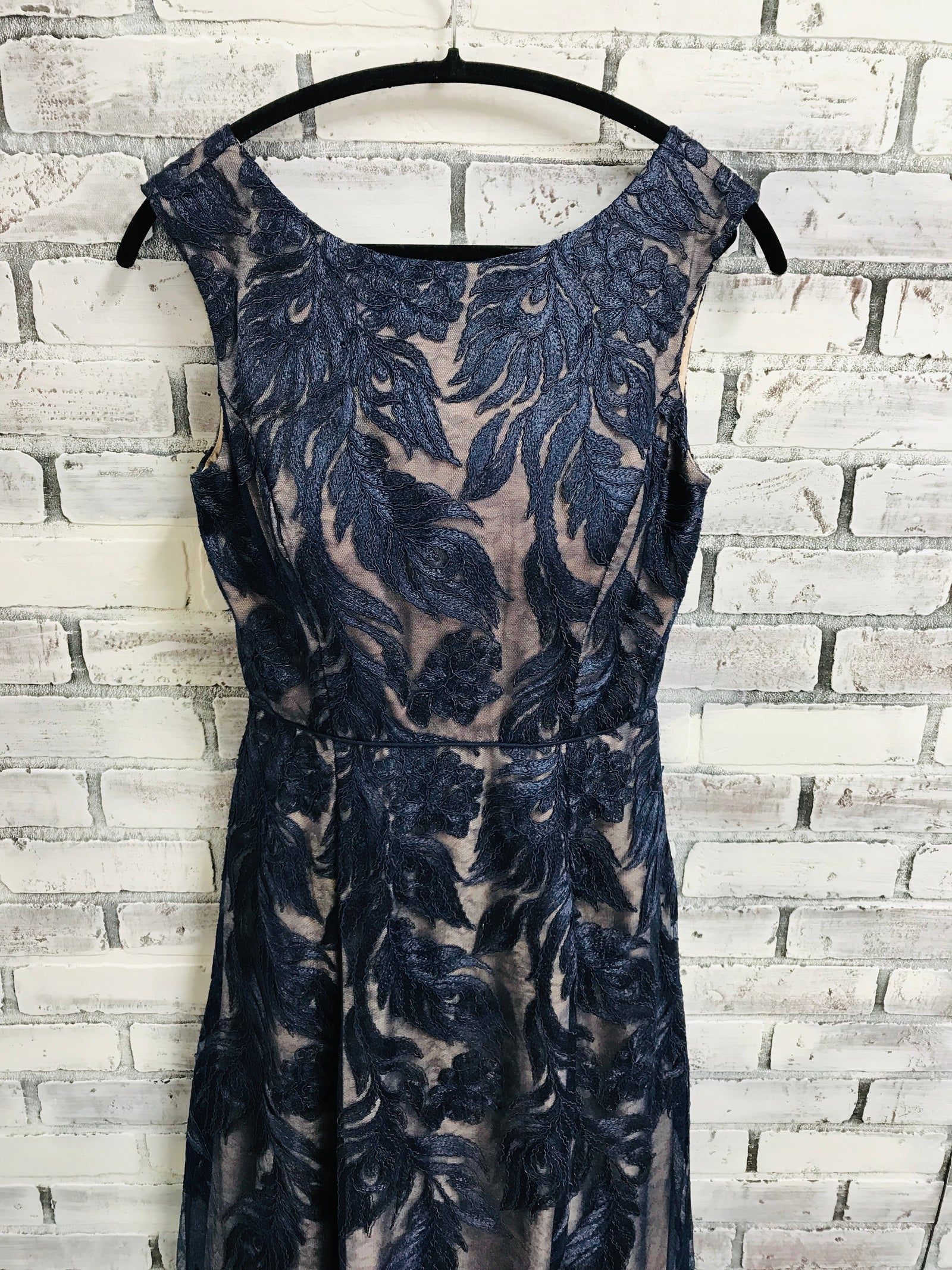 Aidan Mattox Lace Evening Gown (6)