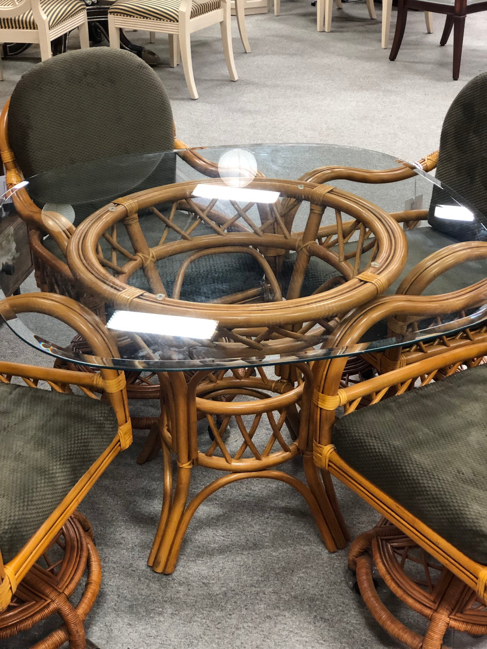 Dinette Table & 4 Chairs
