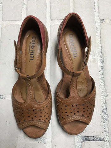 Antonio Melani Sandals (6.5)
