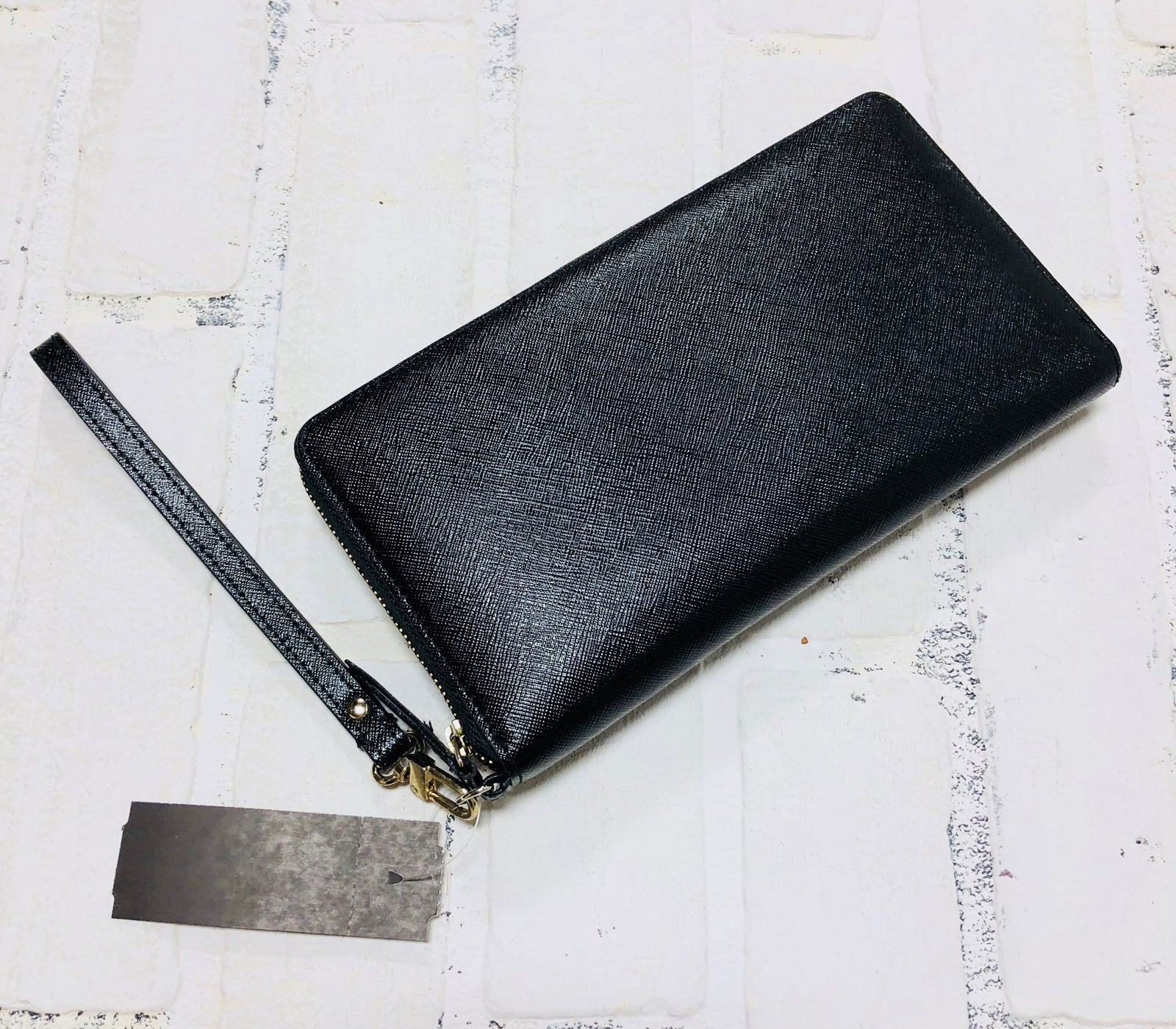 Halogen Zipper Wallet