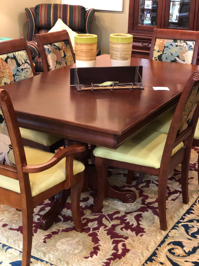 Dining Set W/China Cabinet