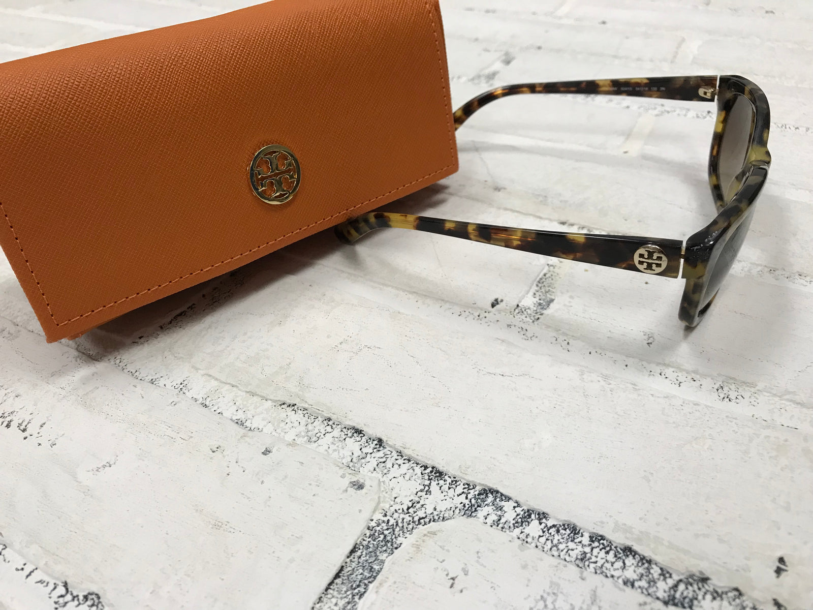 Tory Burch Sun Glasses