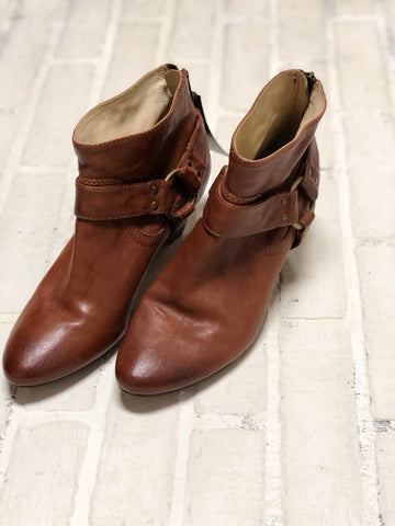 Cole Haan Waterproof Boots [8.5]