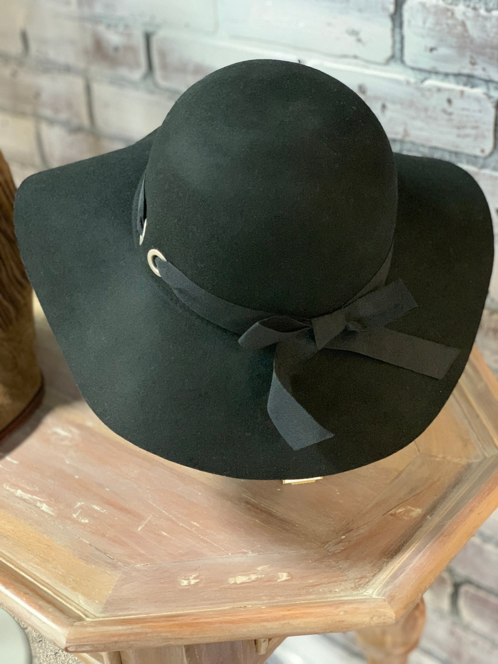 New Nine West Hat