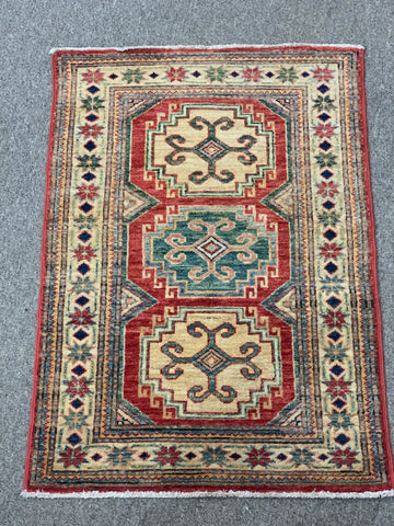 3' x 2' Accent Rug